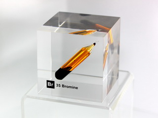 Acrylic Element cube - Bromine Br - 50mm