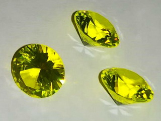smart-elements - Ce:YAG synthetical gemstone - UV active - 8mm - Y3Al5O12