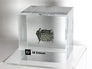 Acrylic Element cube - Erbium Er - 50mm
