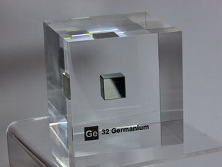 Acrylic Element cube - Germanium Ge - 50mm - Last one