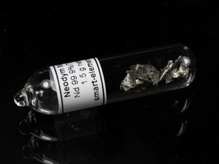 smart-elements - 1.5 grams Neodymium Metal 99.9% in Ampoule under Argon