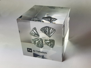 Acrylic Element cube - Tellurium Te - 50mm