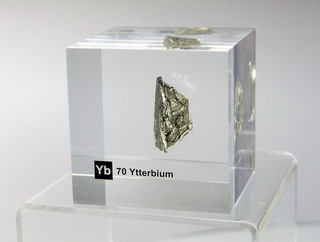 smart-elements - Acrylic Element cube - Ytterbium Yb - 50mm
