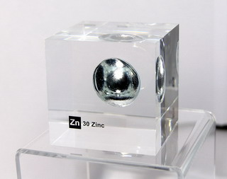 Acrylic Element cube - Zinc Zn - 50mm