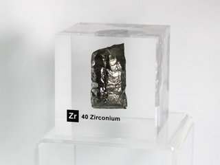 smart-elements - Acrylic Element cube - Zirconium Zr - 50mm